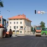 Jaama tänavat hakati asfalteerima