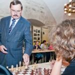Narva maleturniiri avas suurmeister Ehlvesti simultaan