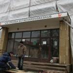 Miljoniskulptuur venitab õpilaskodu ehitust