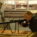 Sinimägede muuseum soetas relvasimulaatori