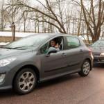 Turistid on ummistanud Narva piiripunkti