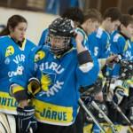 Karmide meeste mängus kaitses väravat 14aastane tüdruk