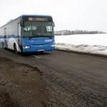 Ümbersuunatud liiklus lõhkus Toila-Voka tee
