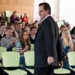Briti suursaadik rõhutas gümnasistidele hariduse tähtsust
