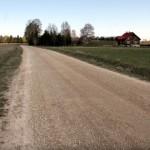 Konju küla on kimpus tolmava teega