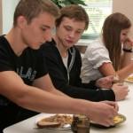 Gümnasistide tasuta koolilõuna tekitab vastakaid arvamusi