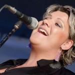 Dagmar Oja teeb muusikalis südamliku rollisutsaka