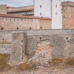 Narva kindluse müür on hakanud lagunema