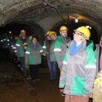 Kohtla kaevandusmuuseumi giididel oli muuseumiööl tuli takus
