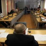 Volikogu komisjonid toob kokku raha lõhn