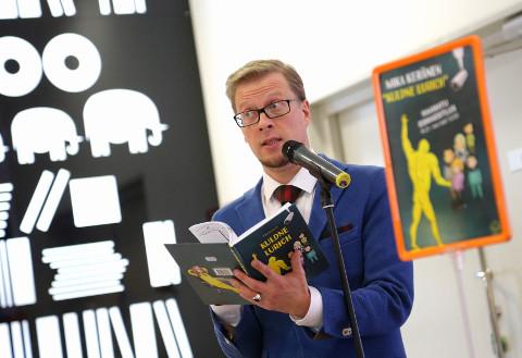 """Eestis esimesena lastekrimkasid kirjutama hakanud Mika Keränenilt ilmus neil päevil sarja seitsmes raamat − """"Küttepuuvargad"""", eelmisel aastal nägi ilmavalgust """"Kuldne Lurich""""."""