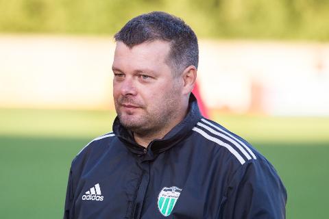 Tallinna Levadia kahel korral Eesti meistriks tüürinud Marko Kristal asub nüüd edendama Ida-Viru jalgpalli.