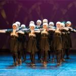 Kohtla-Järve tantsutrupid panid žürii õhku ahmima