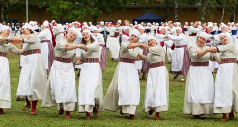 II Eesti naiste tantsupidu − pidu, mis läks südamesse.