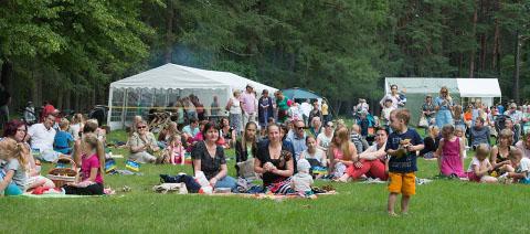 """""""Seitsme linna muusika"""" festival korraldas esimest korda Oru pargis perepikniku."""