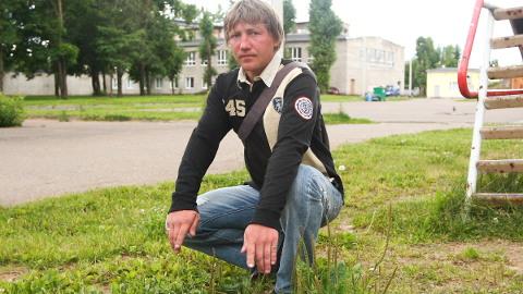 Aleksandr Mihhailov kirjeldas seitse aastat tagasi Põhjarannikule üle elatud õudusi, kuidas politseinikud teda peksid ja piinasid.