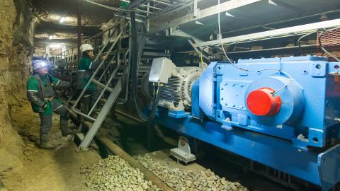 Kamberlaava kasutusele võtmiseks tuli ehitada ligemale 7 kilomeetri pikkune konveier.