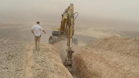 Põlevkivi testkaevandamine Jordaanias.