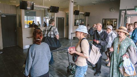 Ida-Viru maavalitsuse tellitud uuringu tarbeks intervjueeriti Narva piiripunktis Venemaa elanikke. Pilt on illustreeriv.