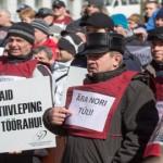 Energeetikud käisid plakatitega Tallinnas õigust nõudmas