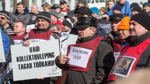 Narva energeetikud nõuavad nii palgatõusu kui kõigi seniste hüvede säilitamist.