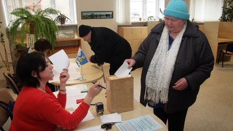 Vokalased Eevi Rehe ja Jüri Eljas hääletasid hiigelvallaks ühinemise vastu.
