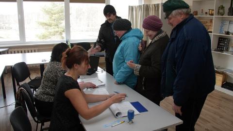 Iisaku hääletuspunkti tuldi eile nii ühe- kui mitmekaupa.