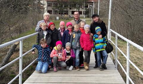 16. Komnata kõige nooremad näitlejad, kes tulid üle-eestiliselt festivalilt tagasi võiduga.