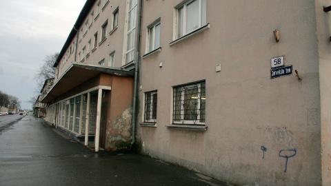 Kohtla-Järve Järveküla tee 58. majas on üks võlgnik riik.