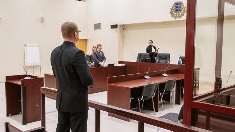 Narva volikogu esimees Aleksandr Jefimov on alates tänavu aprillist kohtupingis.