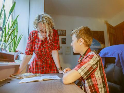 LAPSEGA KOOS ÕPPIMINE: Kas kvaliteetaeg või sõjatanner? Kohe-kohe algaval õppeaastal saab reeglid paika panna.