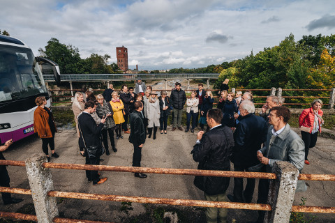 Tallinn Music Weeki rahvas Narvaga tutvumas.