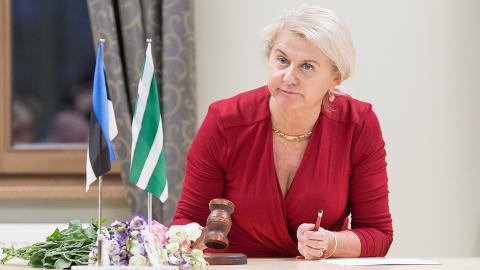 Niina Neglason valiti eile uuesti Jõhvi volikogu esimeheks.
