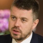 Volikogu liikmed peavad justiitsministri meelest riigikeelt valdama